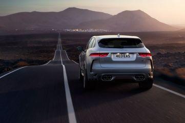 Jaguar F-Pace SVR Face Arrière